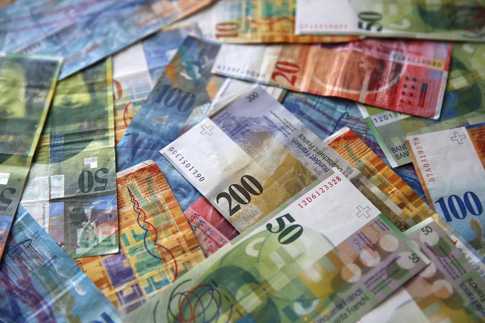 Bargeld gewinnen - Jetzt 1000 Franken in bar gewinnen