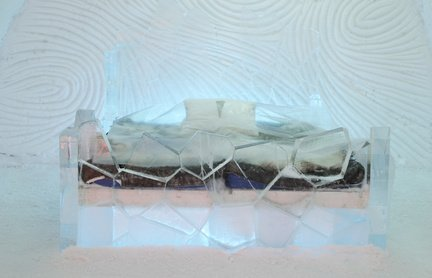 Ice-Hotel (C) Marco Regalia, fotolia
